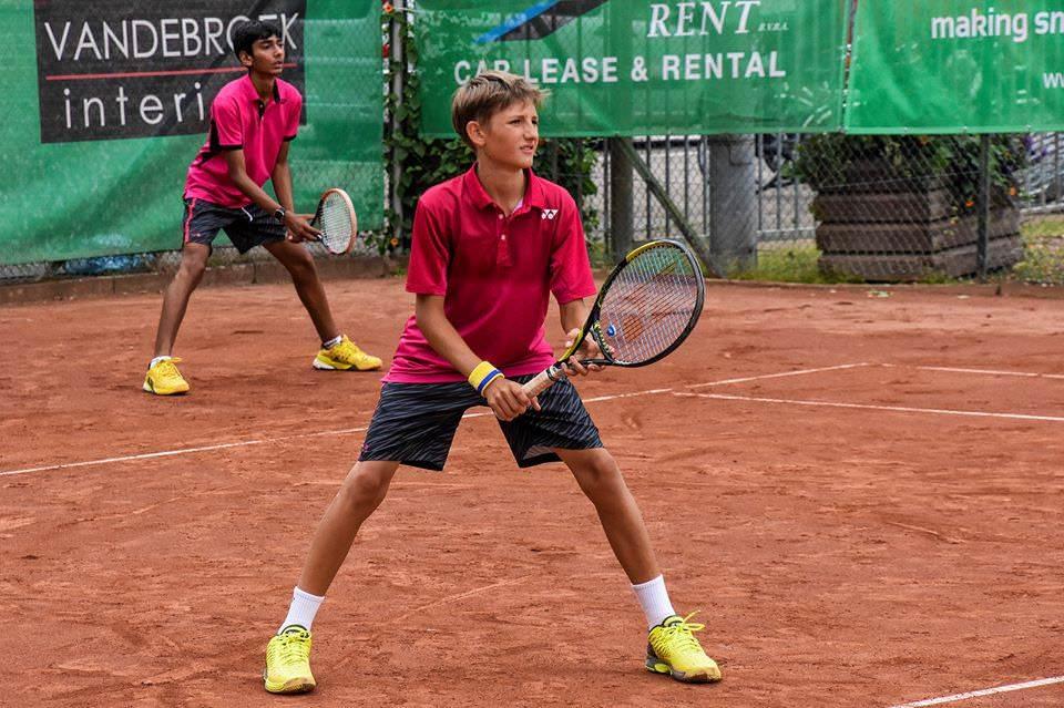 """Ilie Snițari a ajuns în sferturi de finală a turneului ITF """"Aegon Junior Open"""""""