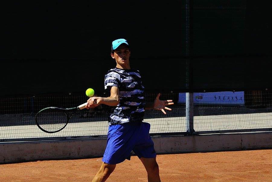 """Vasile Donțu a câștigat turneul internațional """"Babolat Cup U18"""""""